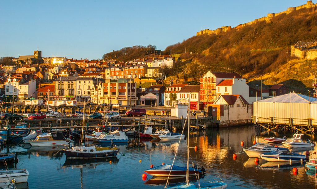 Yorkshire Visitors Guide - Scarborough Harbour.