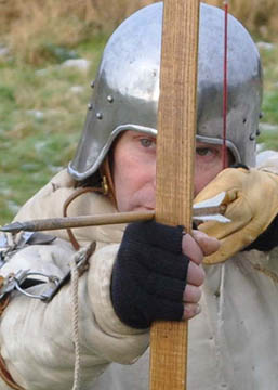Picture of Longbow Archer at the Battle of Towton. Courtesy of Mike Wilton.